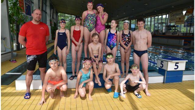 Plavecká škola Radlice - skupinové kurzy plavání pro děti i dospělé, individuální kurzy, kurzy sportovního plavání